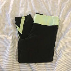 PINK Cropped Yoga Pant